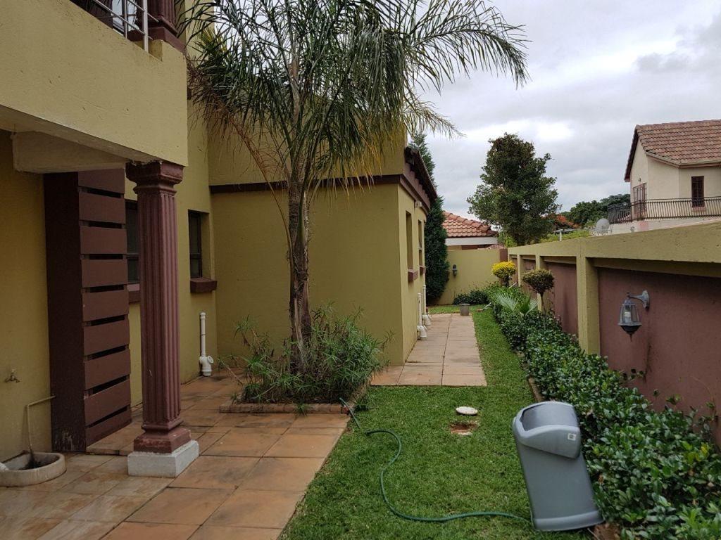 Ninapark property for sale. Ref No: 13609735. Picture no 3