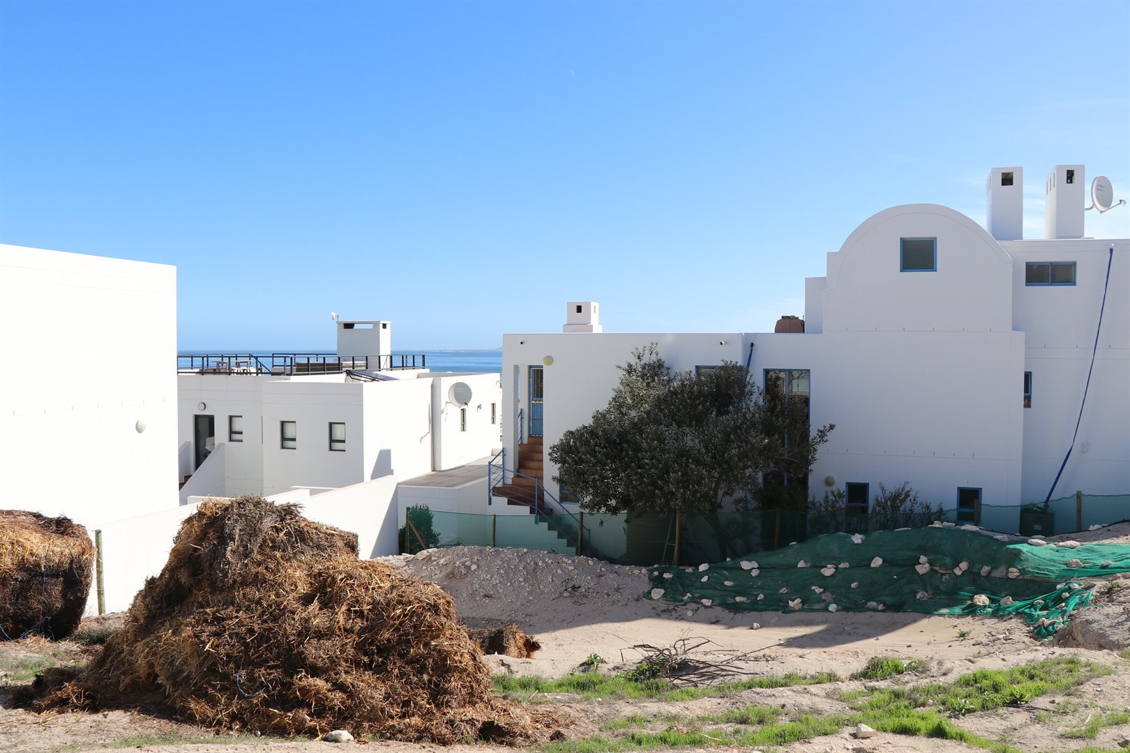 Paradise Beach property for sale. Ref No: 13539926. Picture no 1