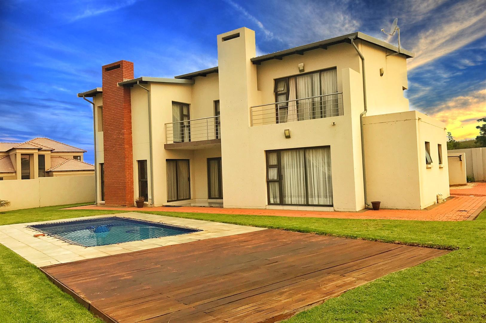 Property and Houses for sale in Stone Ridge Country Estate, House, 4 Bedrooms - ZAR 2,650,000