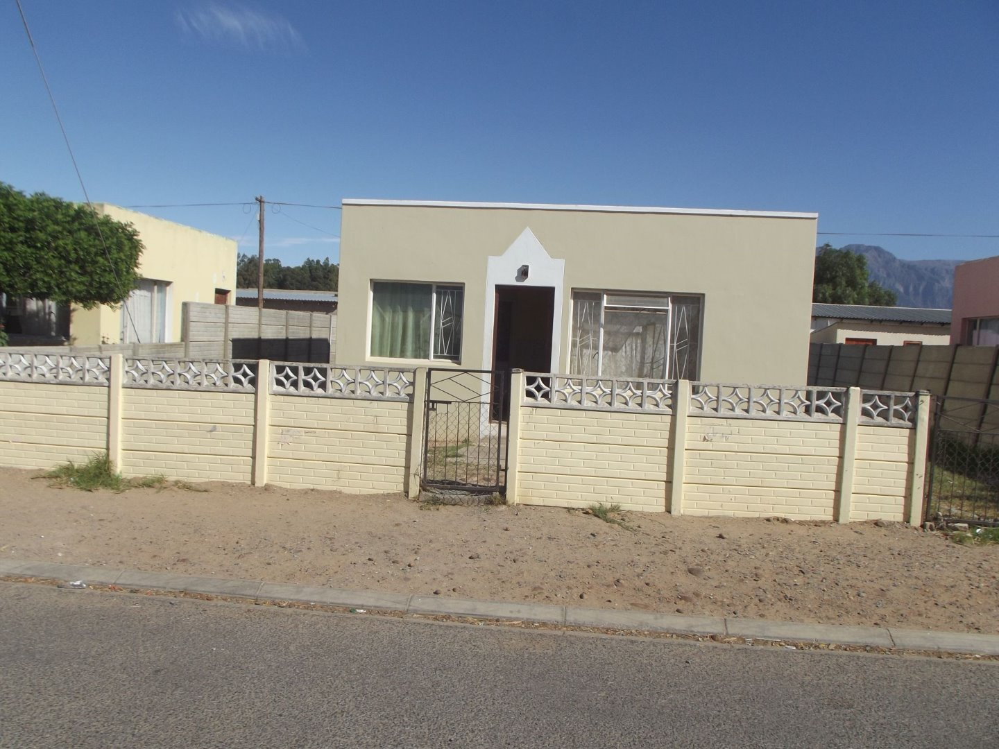 Property and Houses for sale in Avian Park, House, 2 Bedrooms - ZAR 340,000