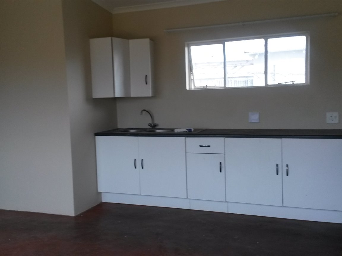 Kitchen- flatlet