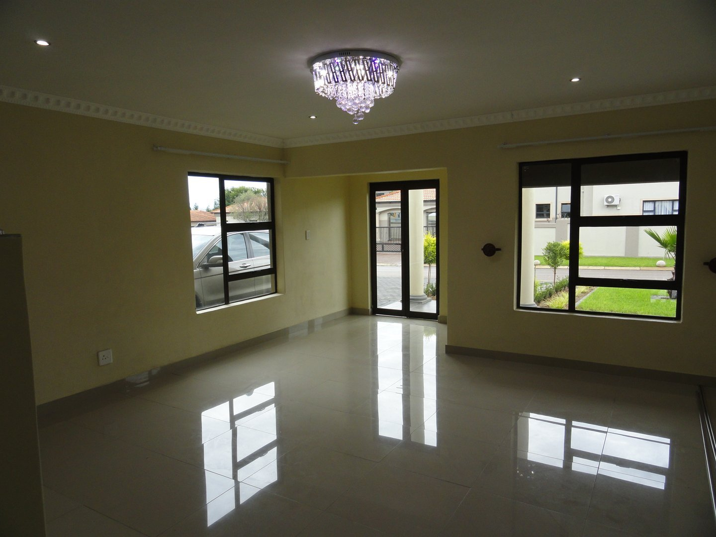 Willow Acres Estate property for sale. Ref No: 13473861. Picture no 2