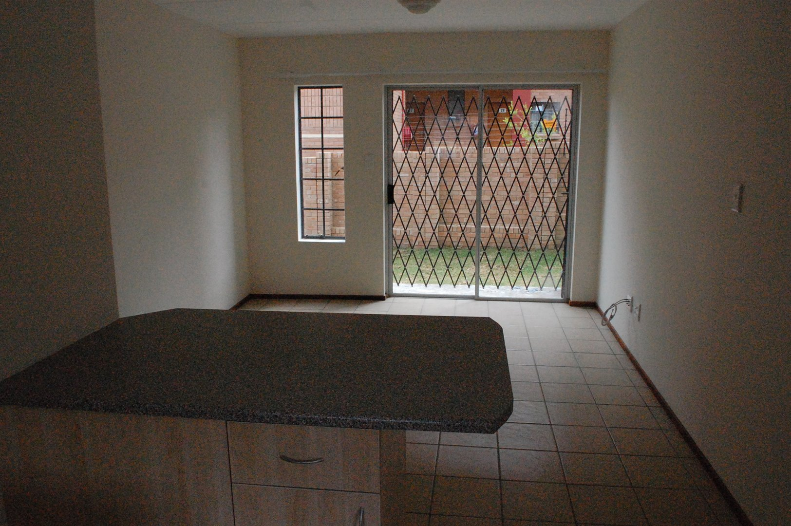 Amberfield property for sale. Ref No: 13486562. Picture no 5