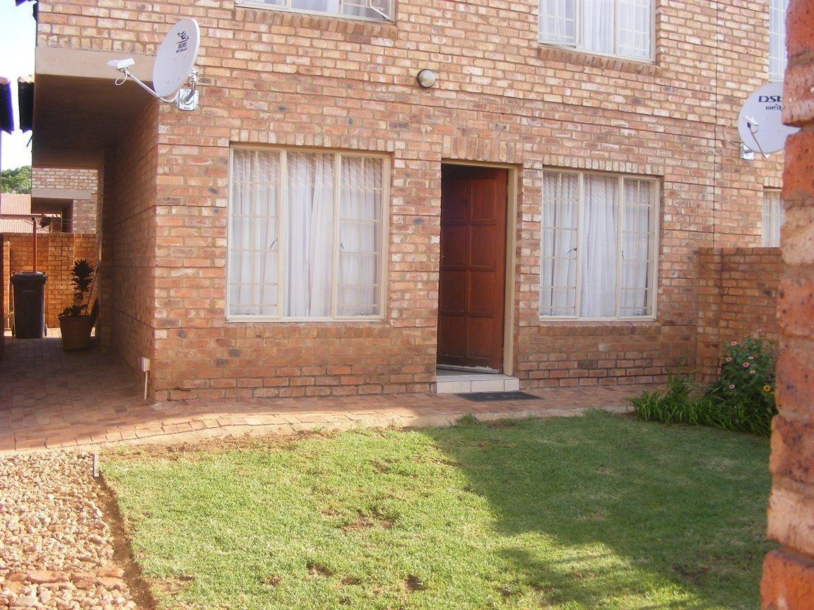 Pretoria, Heatherview Property  | Houses For Sale Heatherview, Heatherview, Apartment 3 bedrooms property for sale Price:765,000