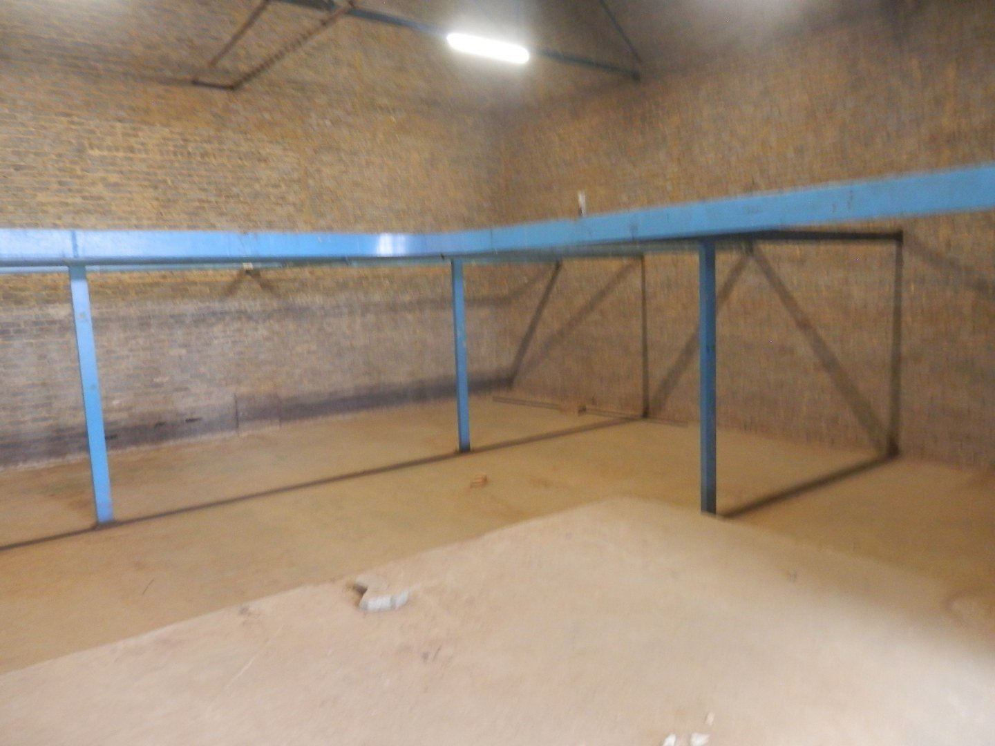 Eastleigh property for sale. Ref No: 13593580. Picture no 31