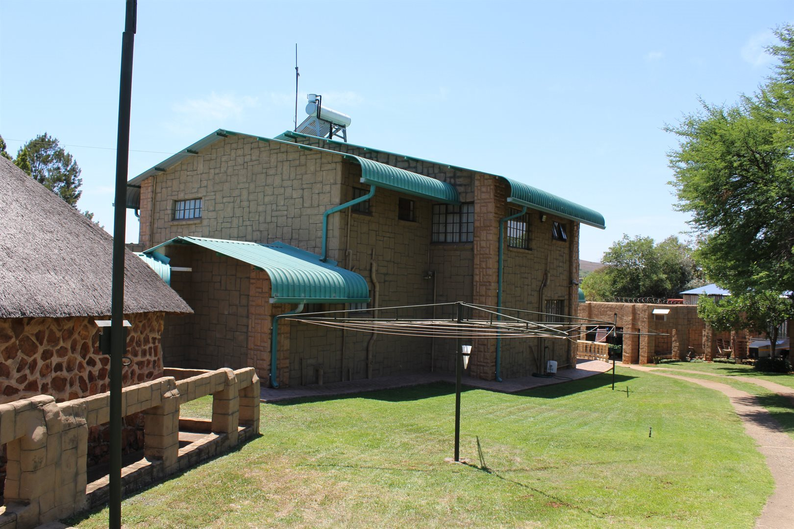 Potchefstroom property for sale. Ref No: 13551478. Picture no 4