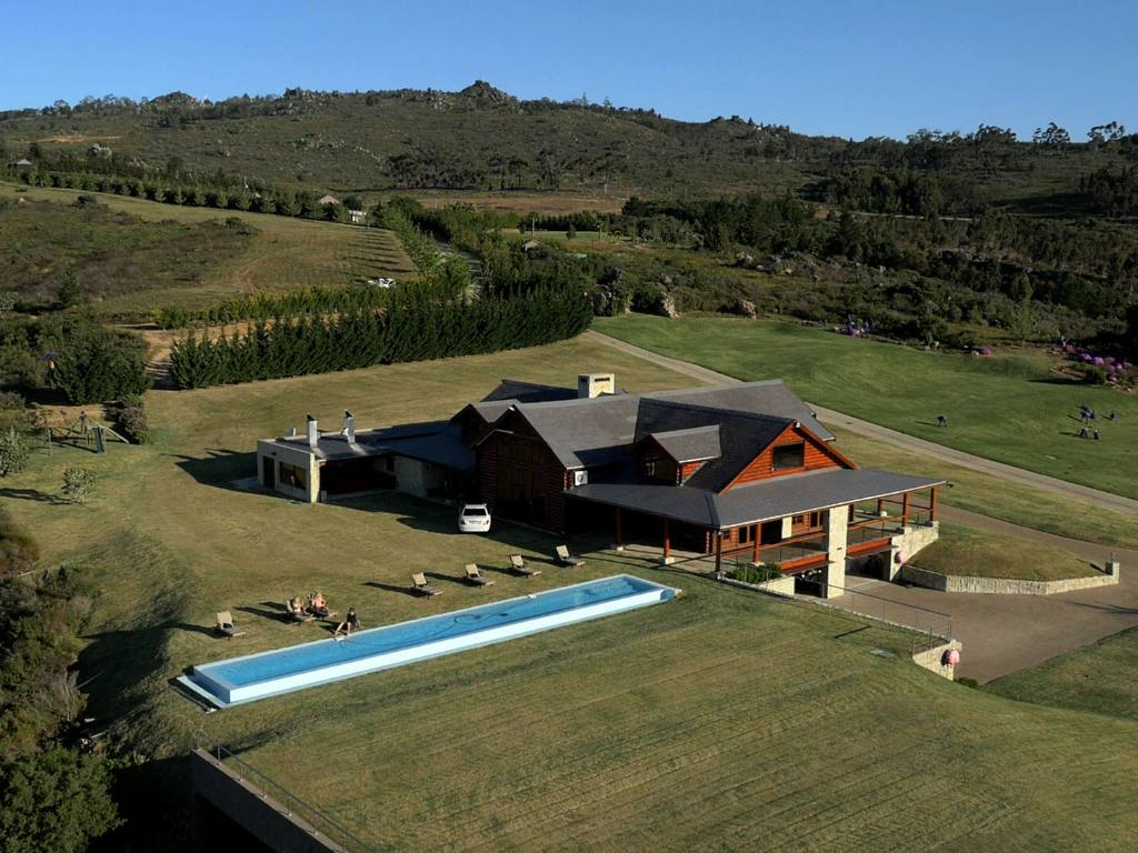 Property and Houses for sale in Piketberg, Farms - ZAR 999,999,999
