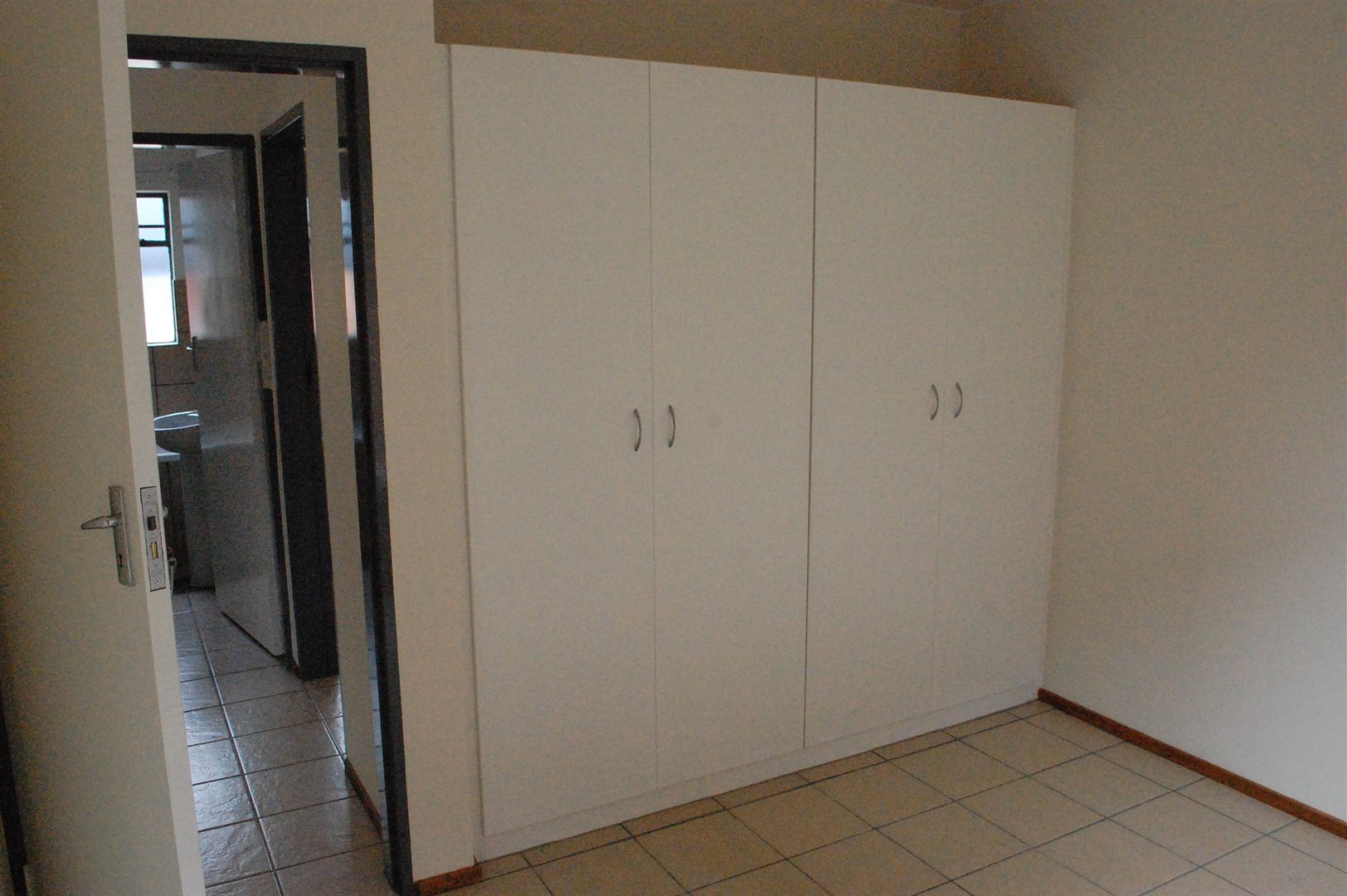 Amberfield property for sale. Ref No: 13486562. Picture no 8