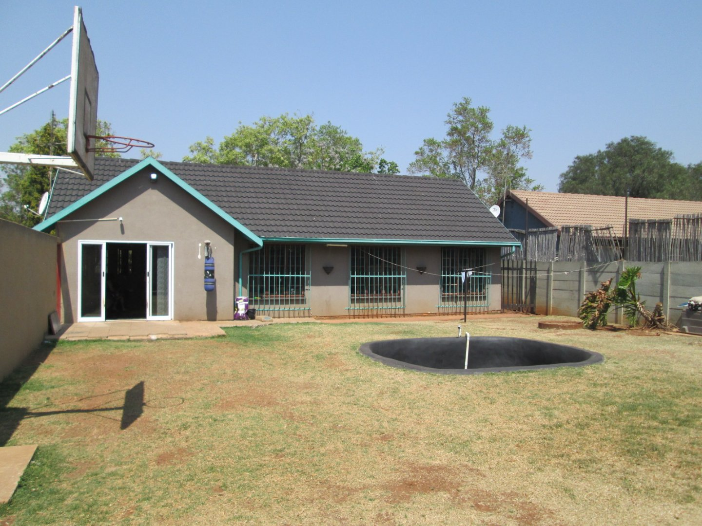 Property and Houses for sale in Mayberry Park, House, 3 Bedrooms - ZAR 1,250,000