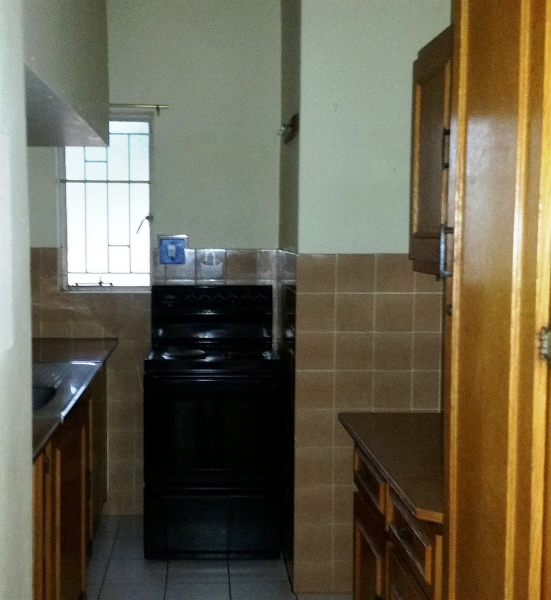 Clubview property for sale. Ref No: 13546119. Picture no 3