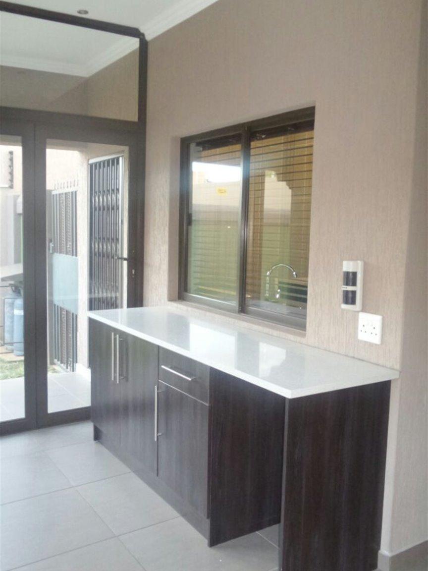 Vanderbijlpark Sw5 property for sale. Ref No: 13359764. Picture no 2