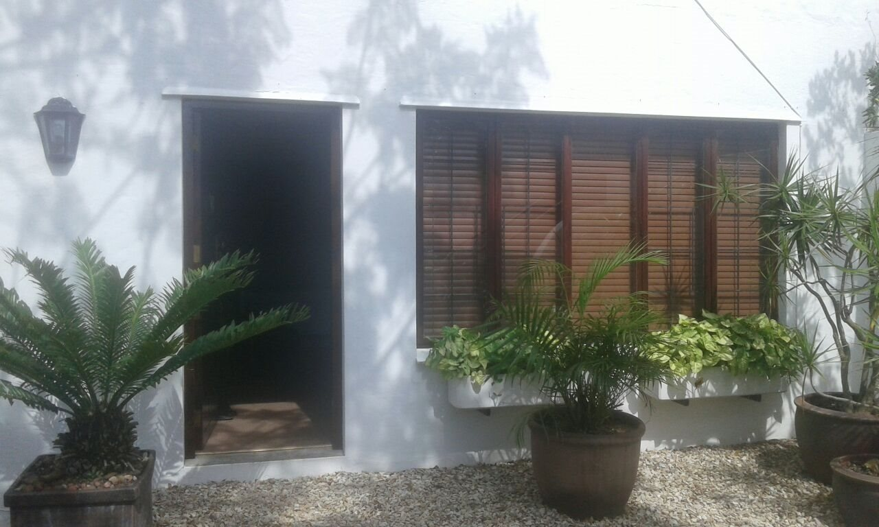 Beacon Bay property for sale. Ref No: 13566308. Picture no 2
