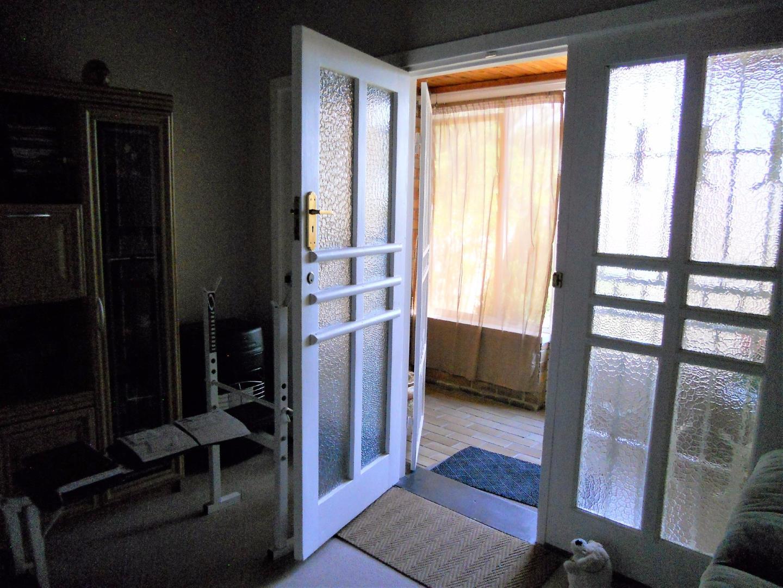 Rosettenville property for sale. Ref No: 13525306. Picture no 12