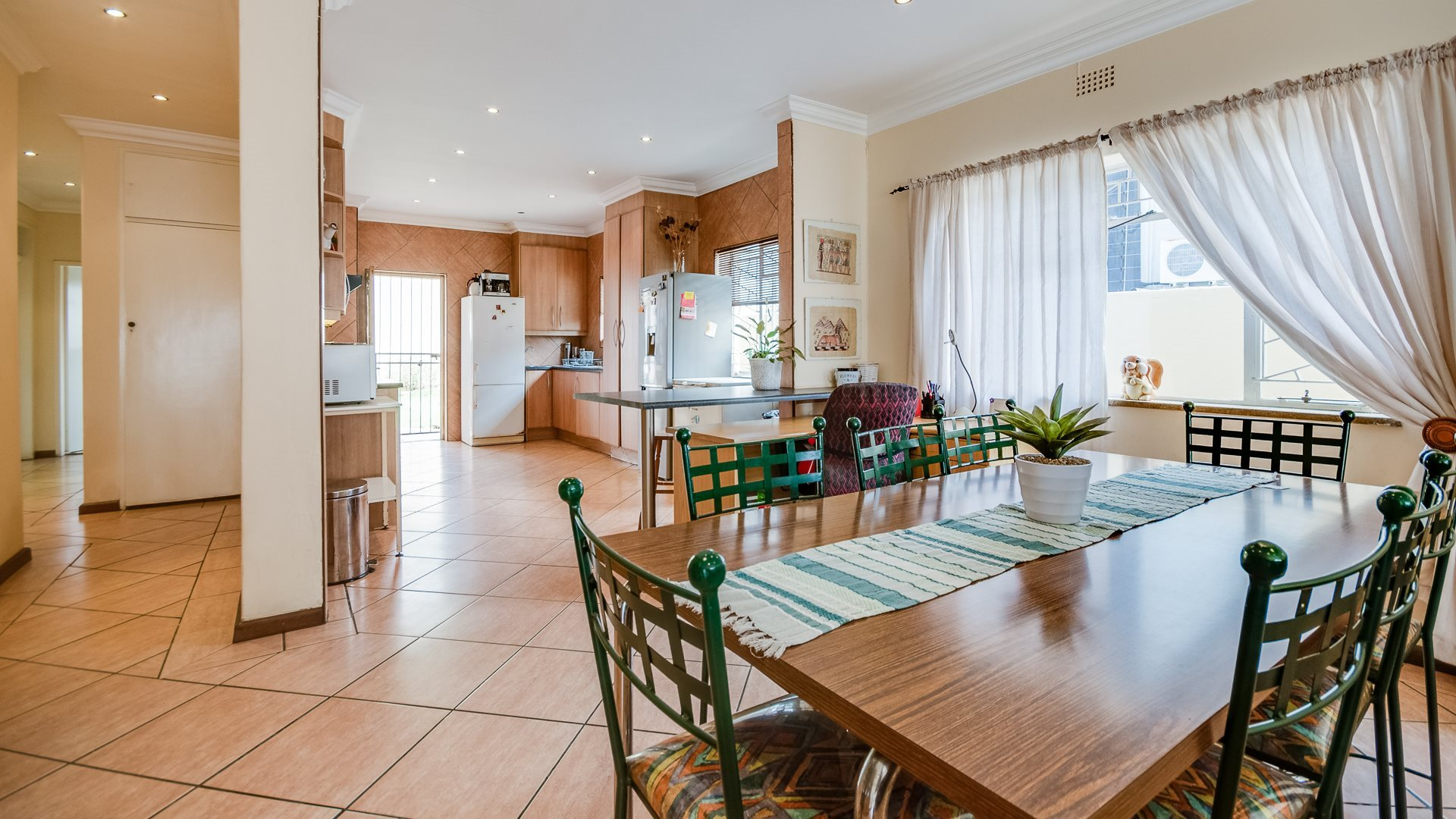 Johannesburg, Highlands North Property    Houses For Sale Highlands North, Highlands North, House 3 bedrooms property for sale Price:1,650,000