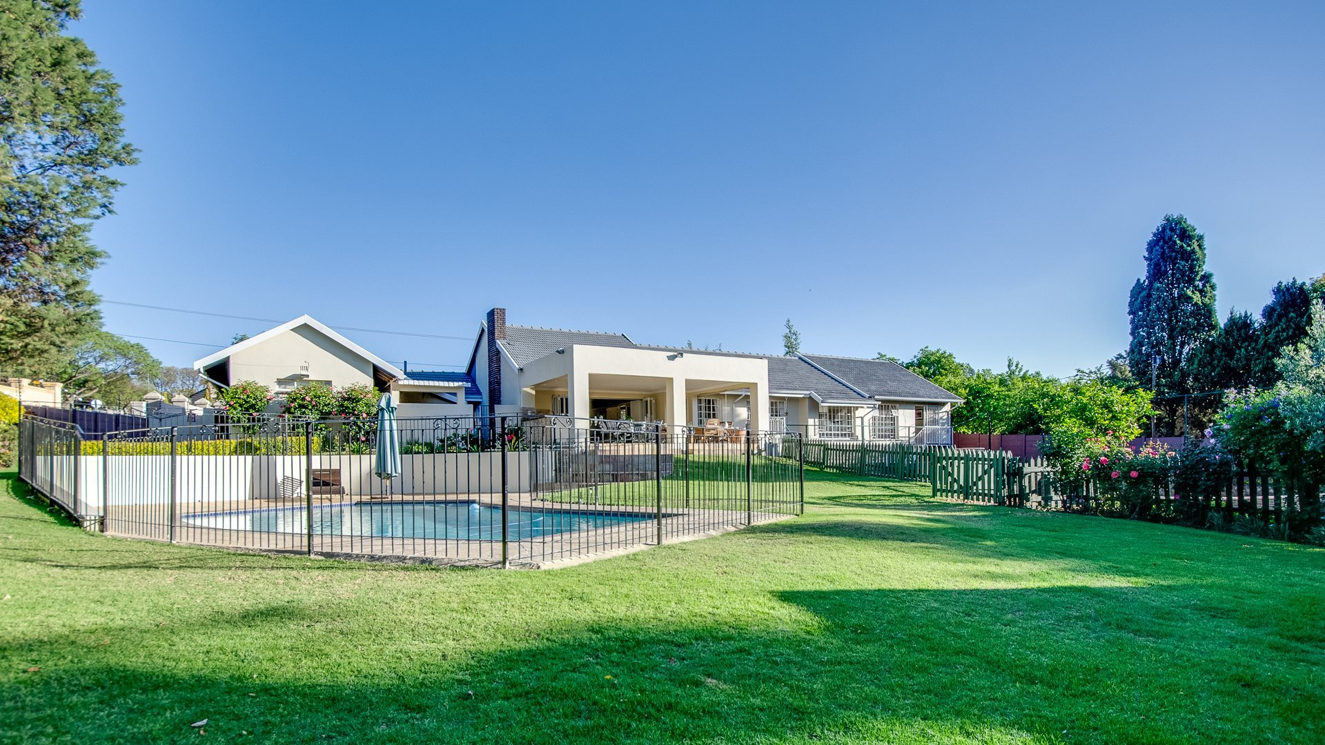 Sandton, River Club Property  | Houses For Sale River Club, River Club, House 3 bedrooms property for sale Price:3,950,000