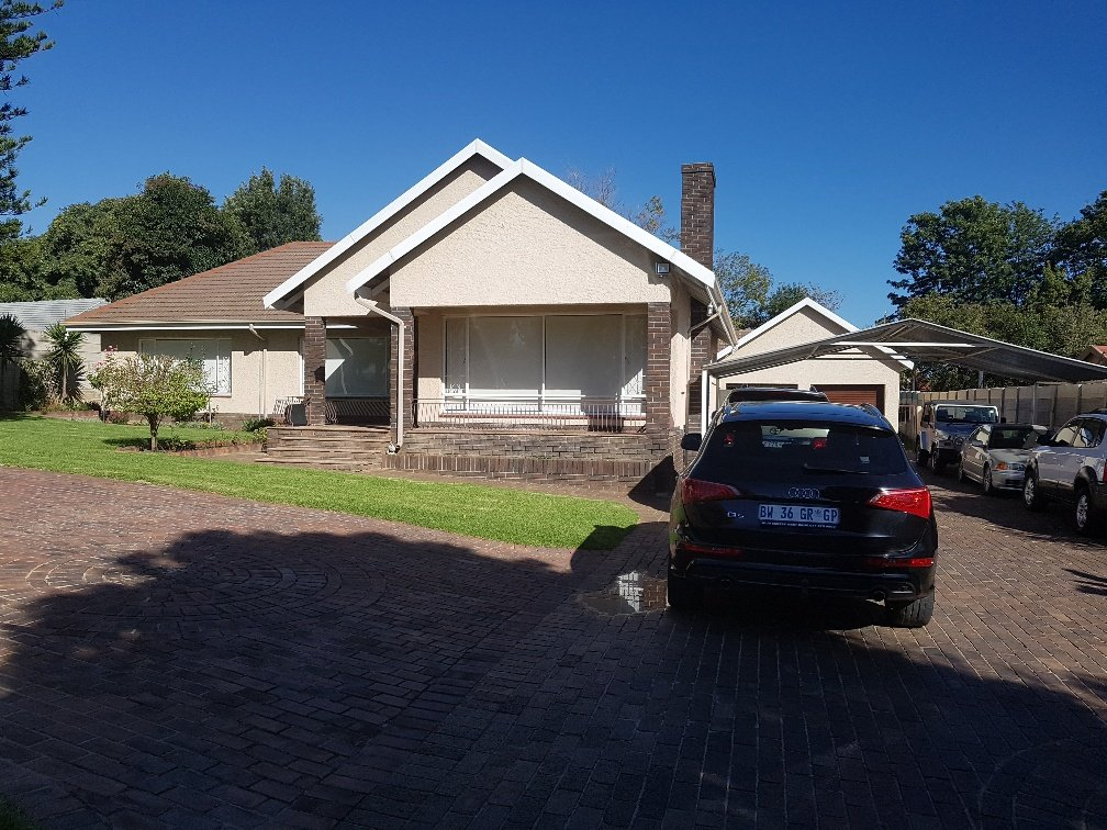 Ferndale property for sale. Ref No: 13622747. Picture no 21