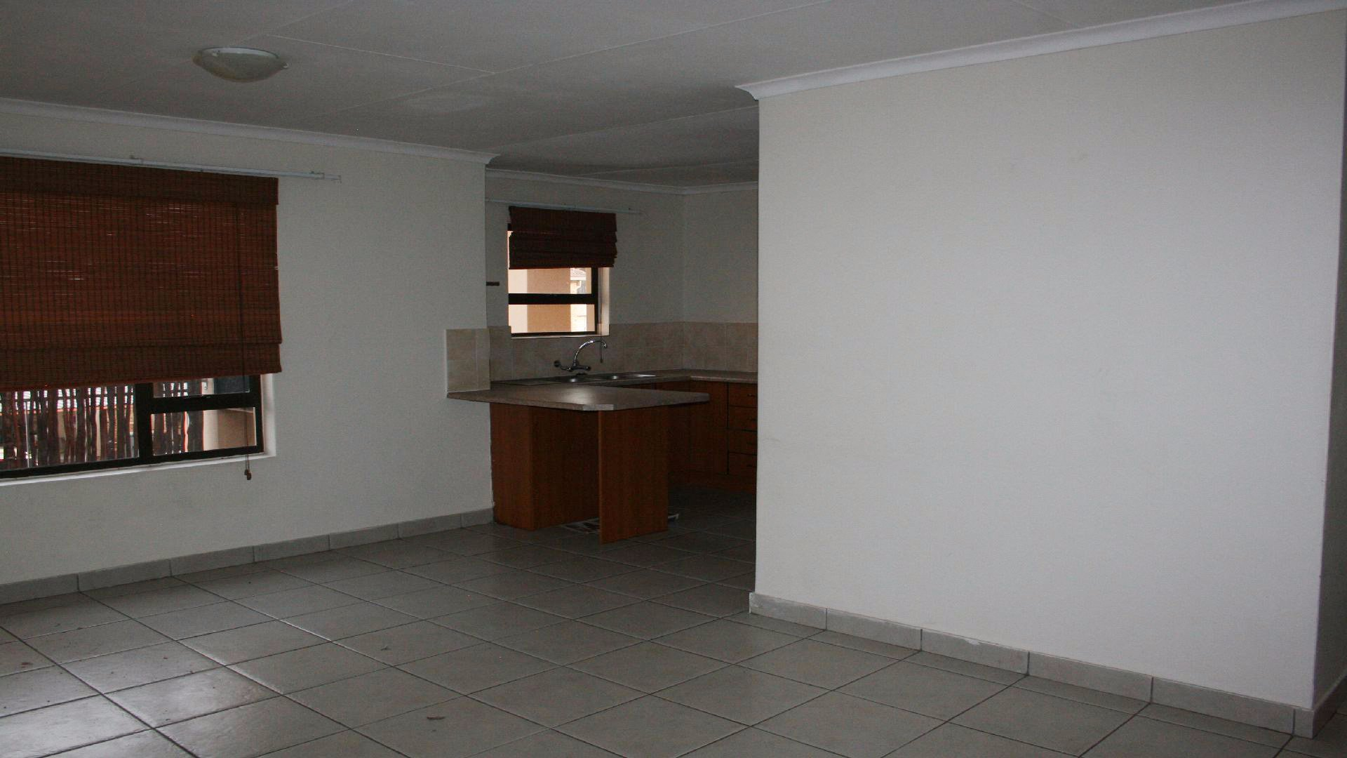 Randpoort property for sale. Ref No: 13537837. Picture no 6