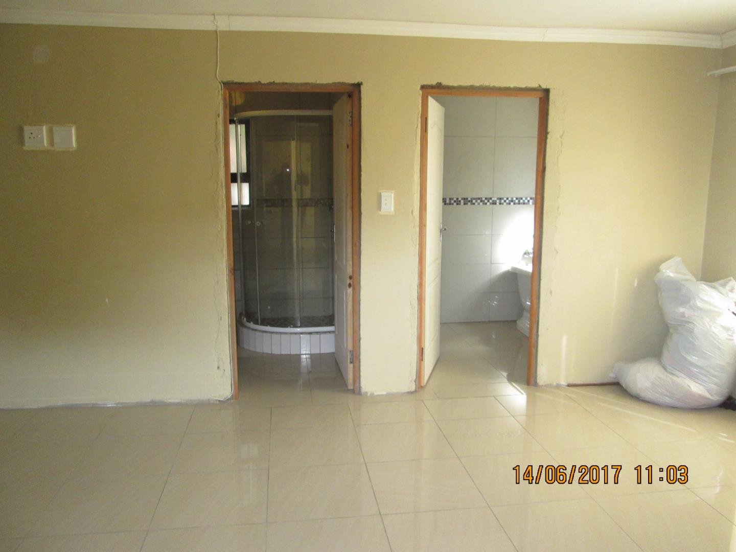 Mondeor property for sale. Ref No: 13526240. Picture no 6