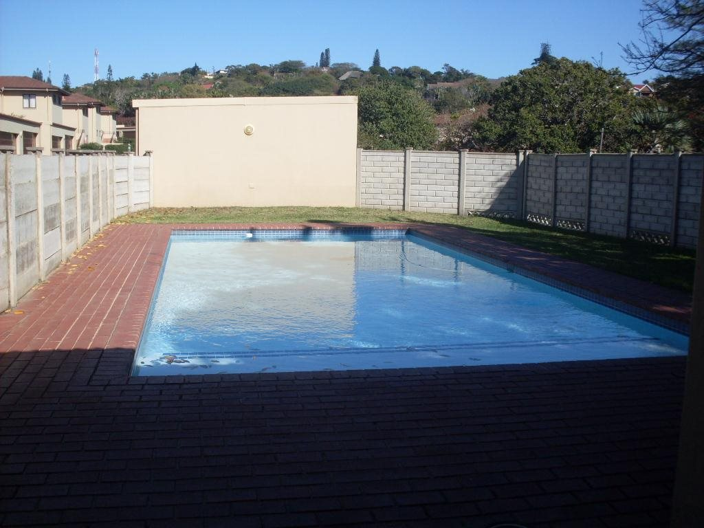 Uvongo property for sale. Ref No: 12765086. Picture no 17