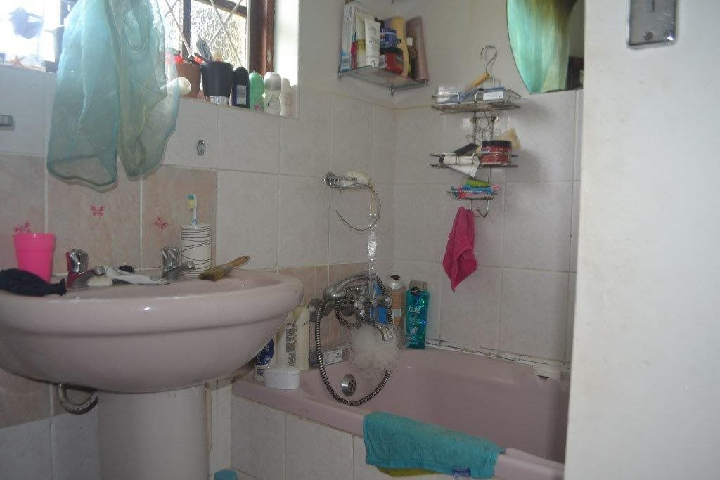Margate property for sale. Ref No: 13400091. Picture no 8