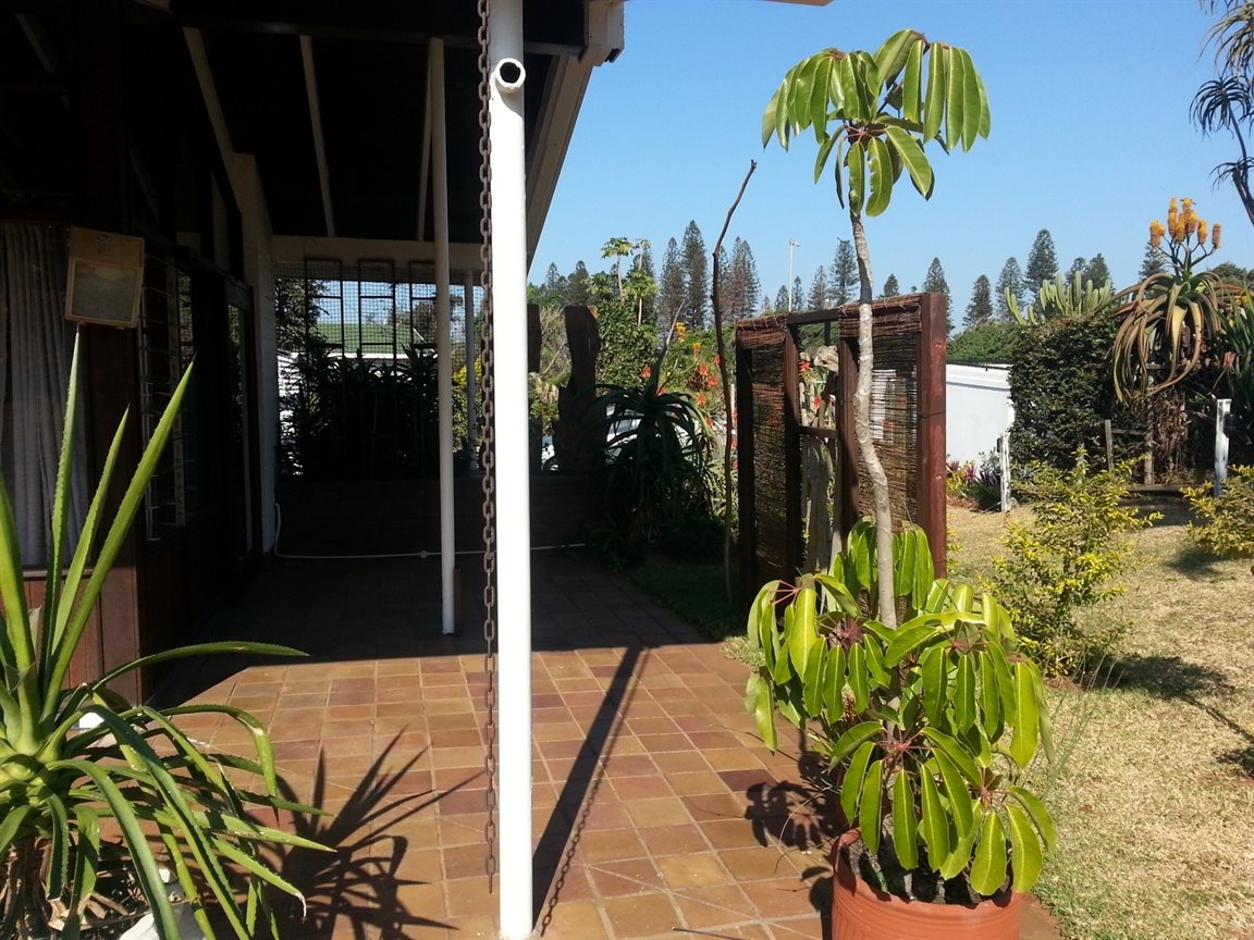 Umkomaas property for sale. Ref No: 12798074. Picture no 21