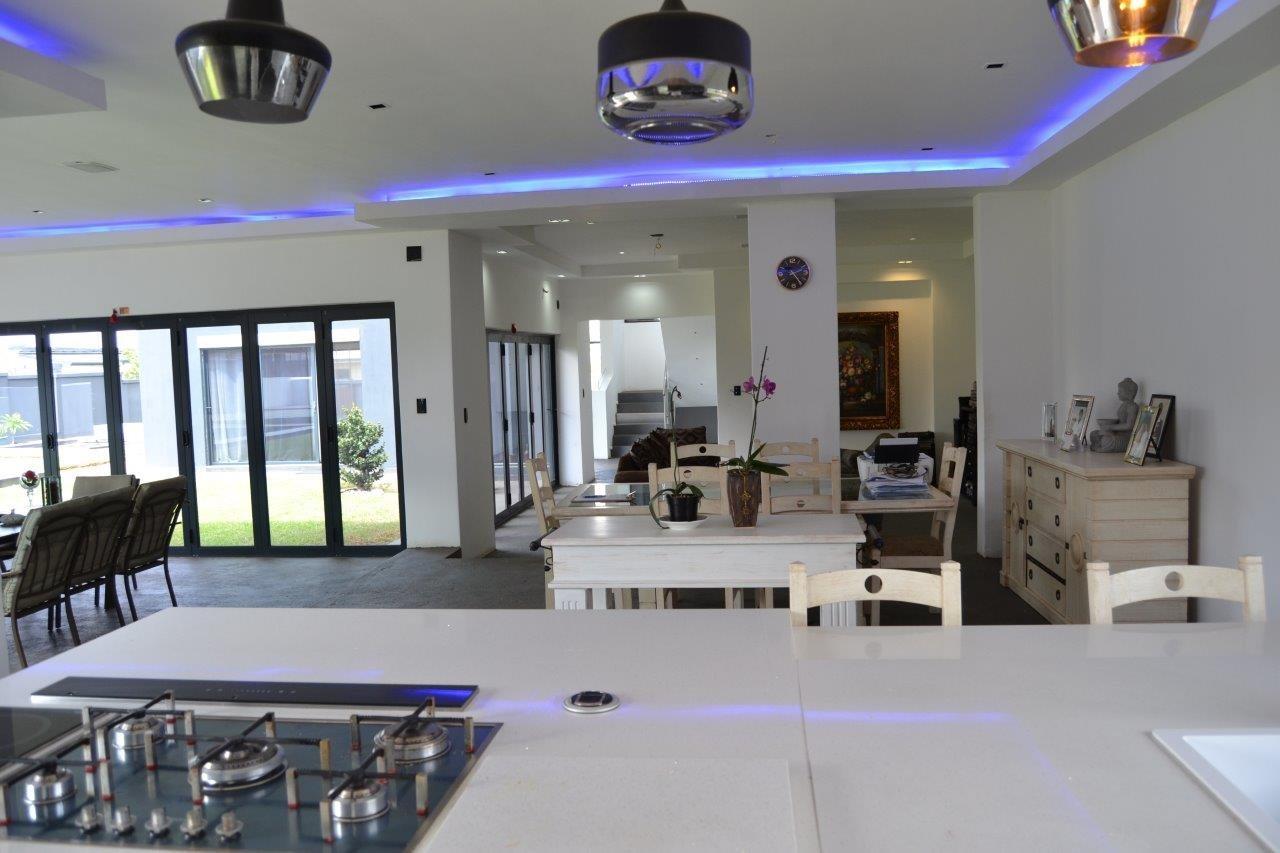 Midstream Hill Estate property for sale. Ref No: 13584239. Picture no 18