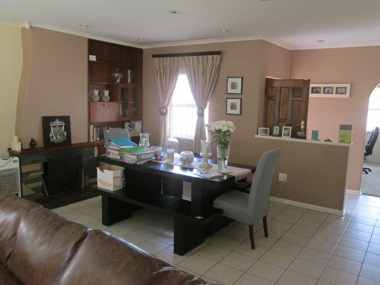 Brackenhurst property for sale. Ref No: 13540618. Picture no 15