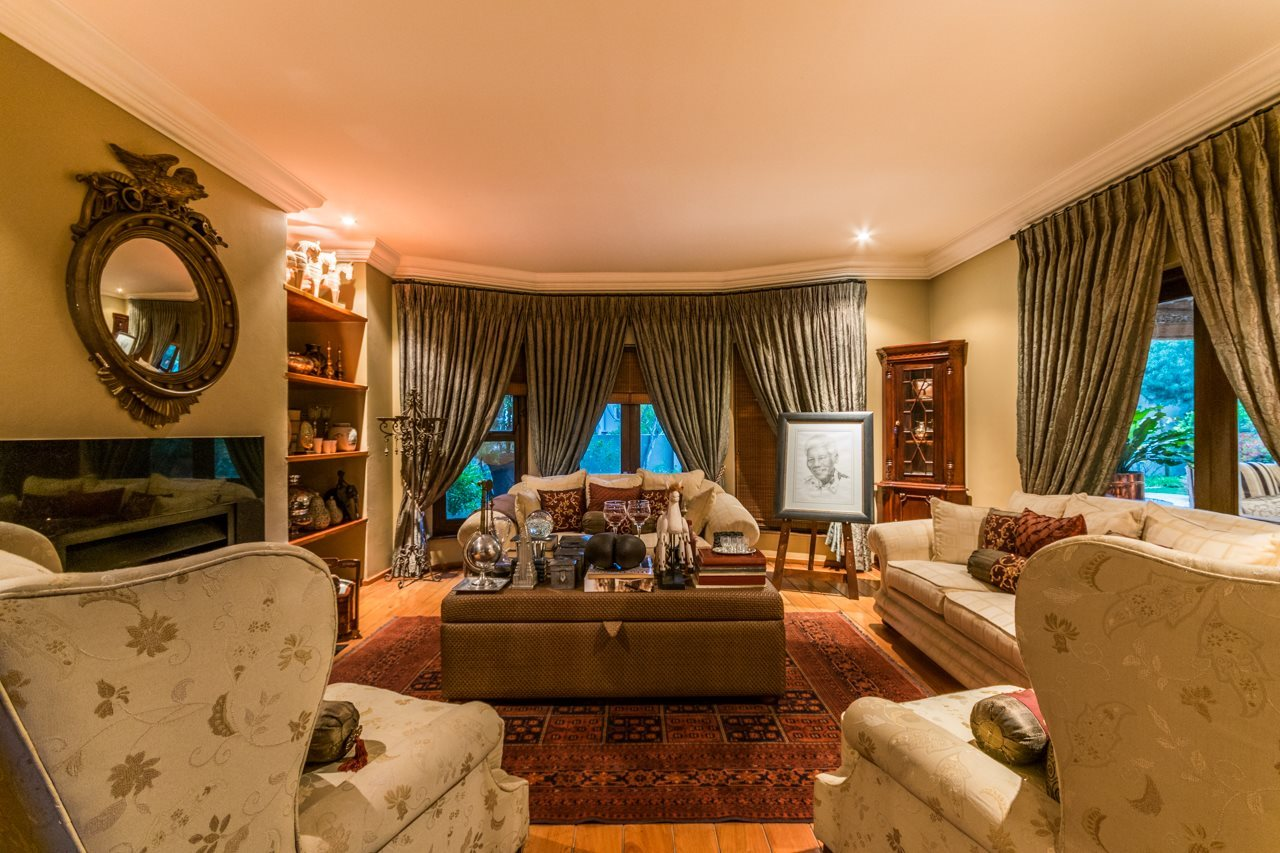 Dainfern Golf Estate property for sale. Ref No: 13521259. Picture no 7