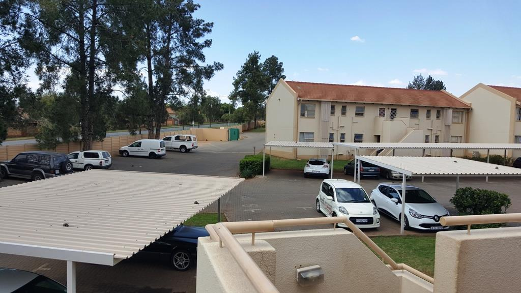 Die Hoewes property to rent. Ref No: 13441064. Picture no 1