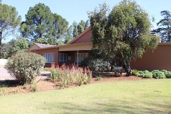 Unitas Park property for sale. Ref No: 12792390. Picture no 29