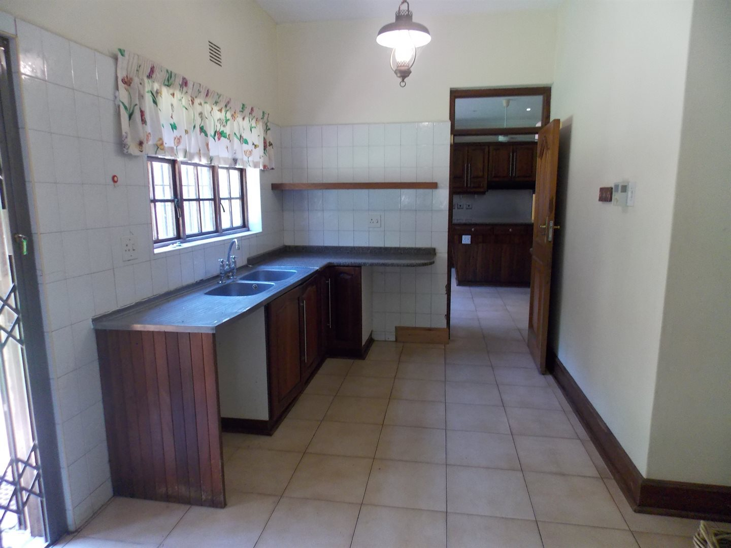 Panorama property for sale. Ref No: 13549748. Picture no 3