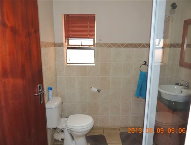 Potchefstroom property for sale. Ref No: 13388038. Picture no 8