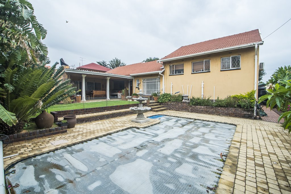 Johannesburg, Glenanda Property  | Houses For Sale Glenanda, Glenanda, House 5 bedrooms property for sale Price:1,680,000