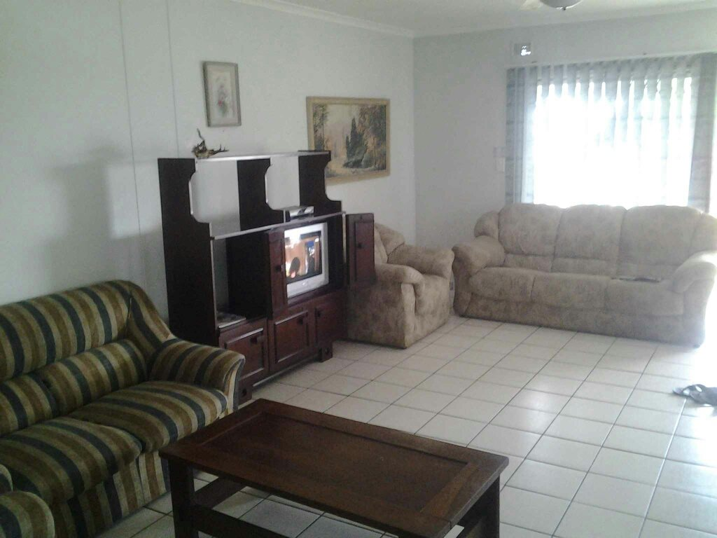 Hibberdene property for sale. Ref No: 13424559. Picture no 7