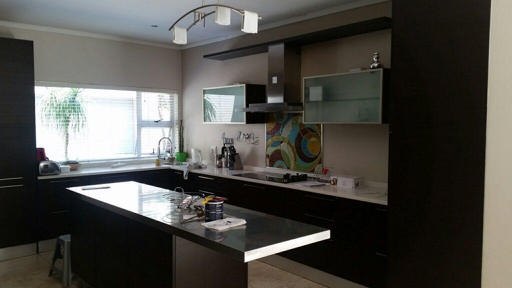 Midstream Estate property for sale. Ref No: 13589581. Picture no 4