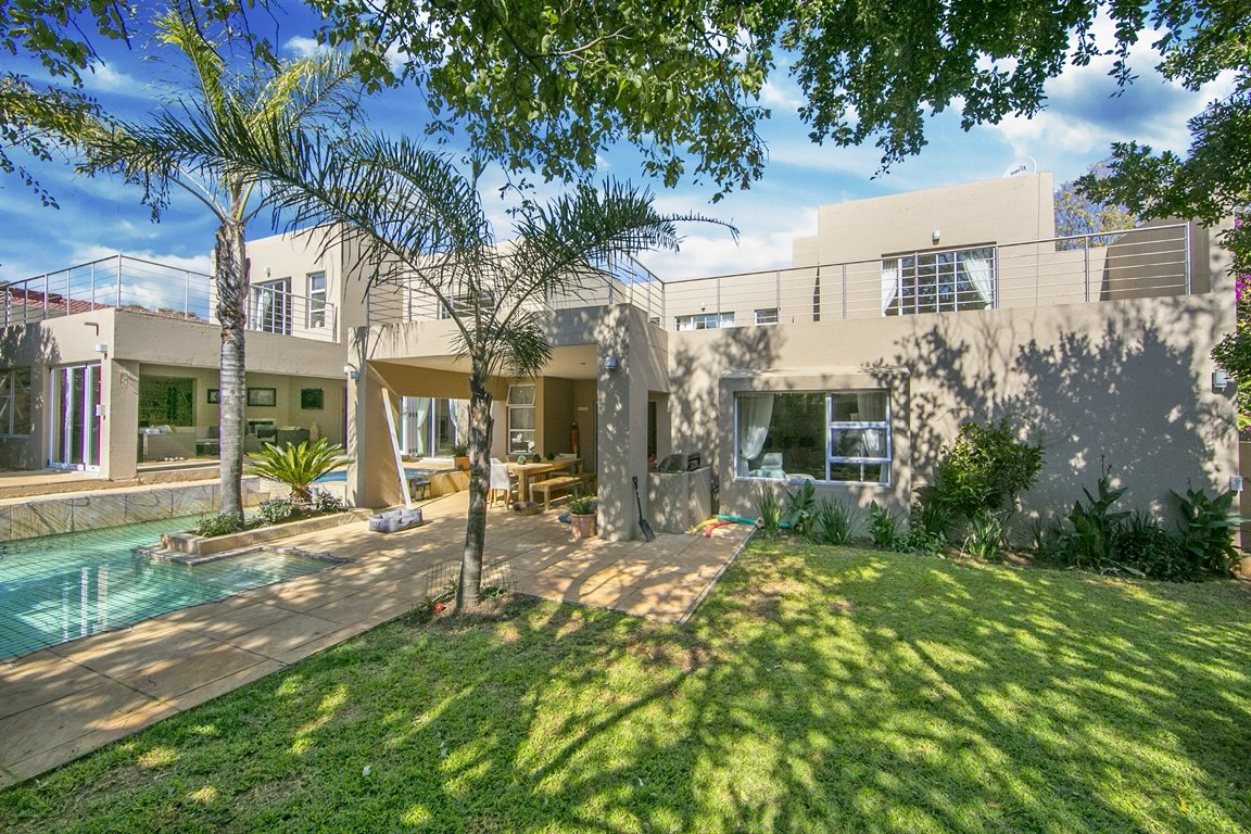 Sandton, Fourways Gardens Property  | Houses For Sale Fourways Gardens, Fourways Gardens, House 4 bedrooms property for sale Price:5,950,000