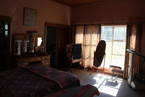 Unitas Park property for sale. Ref No: 12792390. Picture no 16
