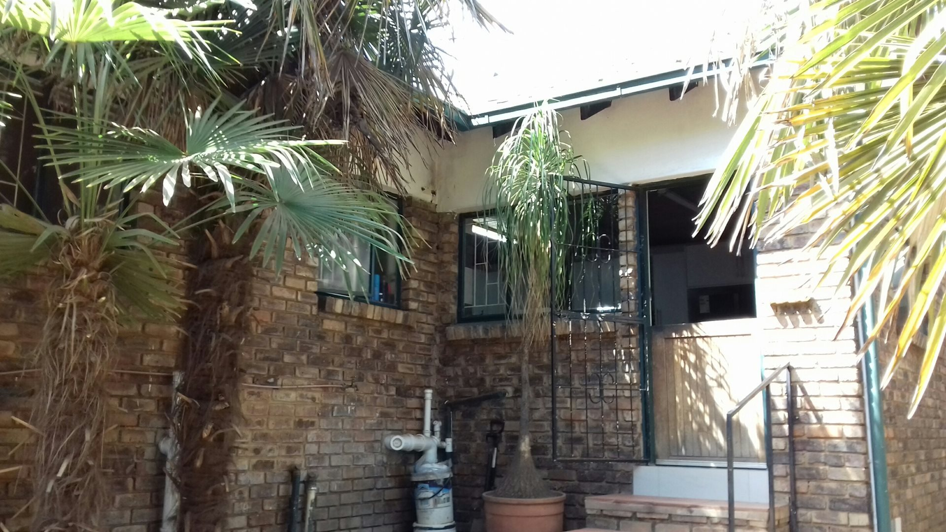 Rooihuiskraal property for sale. Ref No: 13524636. Picture no 18