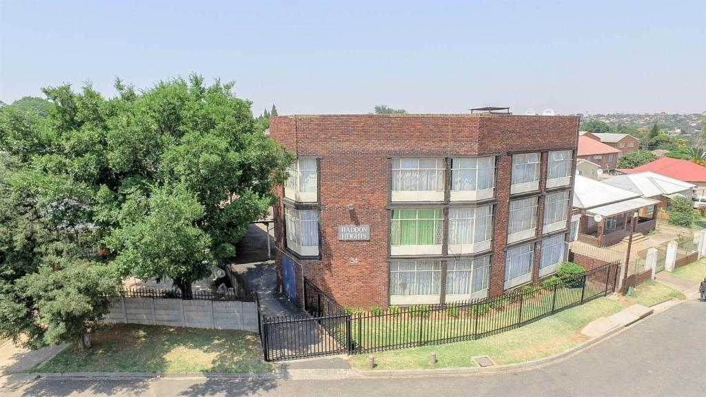 Johannesburg, Haddon Property  | Houses For Sale Haddon, Haddon, Apartment 2 bedrooms property for sale Price:495,000