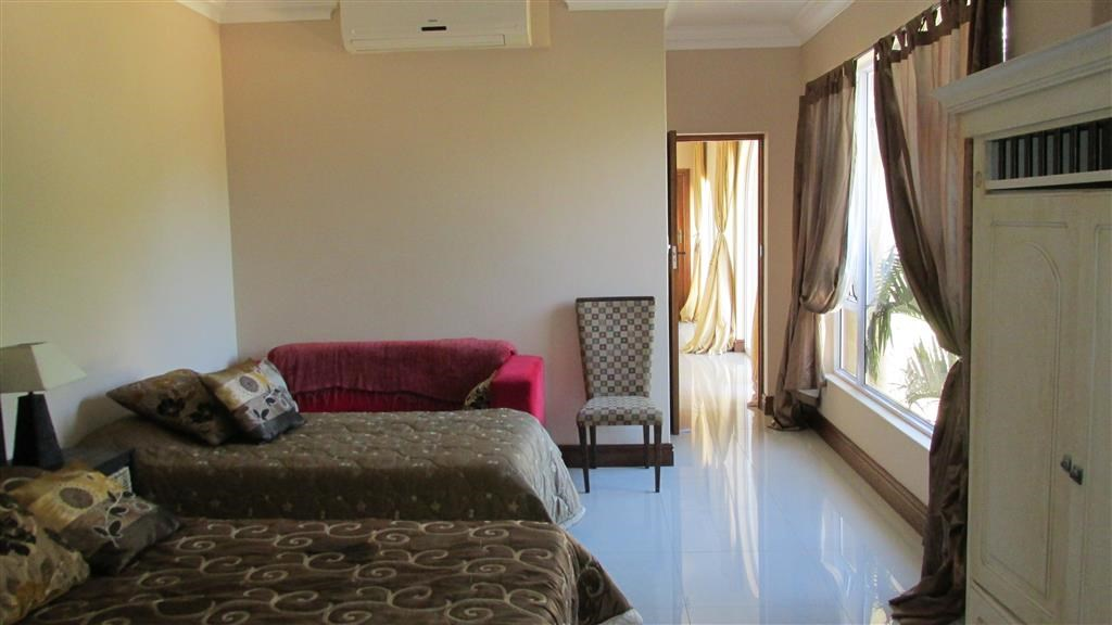 Southbroom property for sale. Ref No: 12734582. Picture no 17