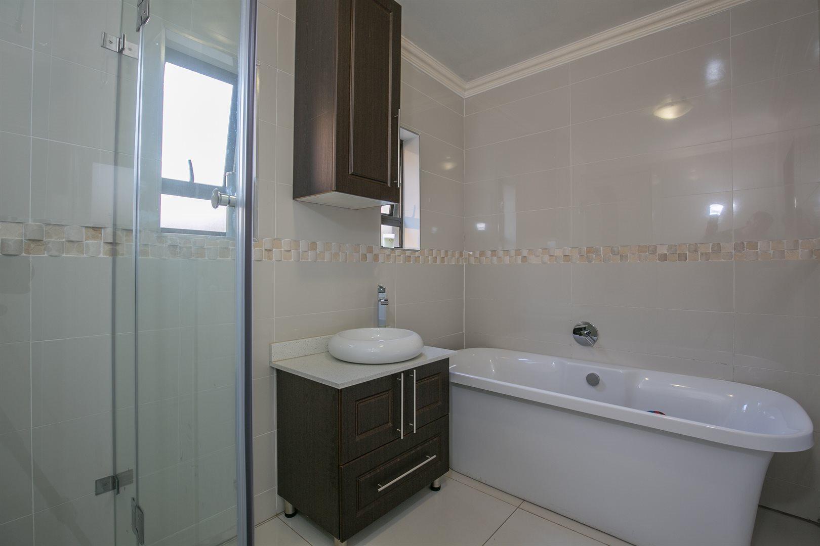 Monavoni property for sale. Ref No: 13577047. Picture no 9