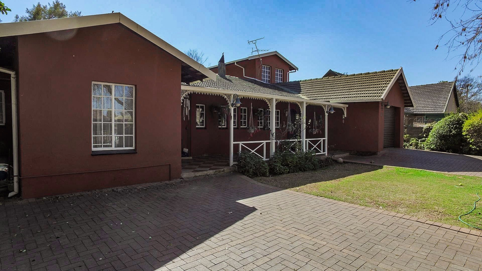 Doringkloof property for sale. Ref No: 13514170. Picture no 23