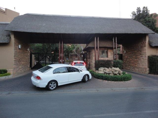 Sandton, Pineslopes Property    Houses To Rent Pineslopes, Pineslopes, Townhouse 1 bedrooms property to rent Price:,  6,00*