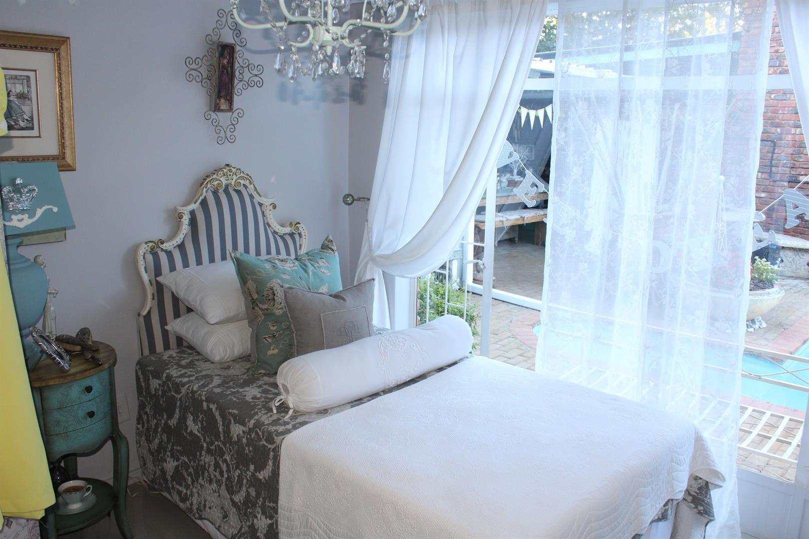 Suid Dorp property for sale. Ref No: 13460528. Picture no 6