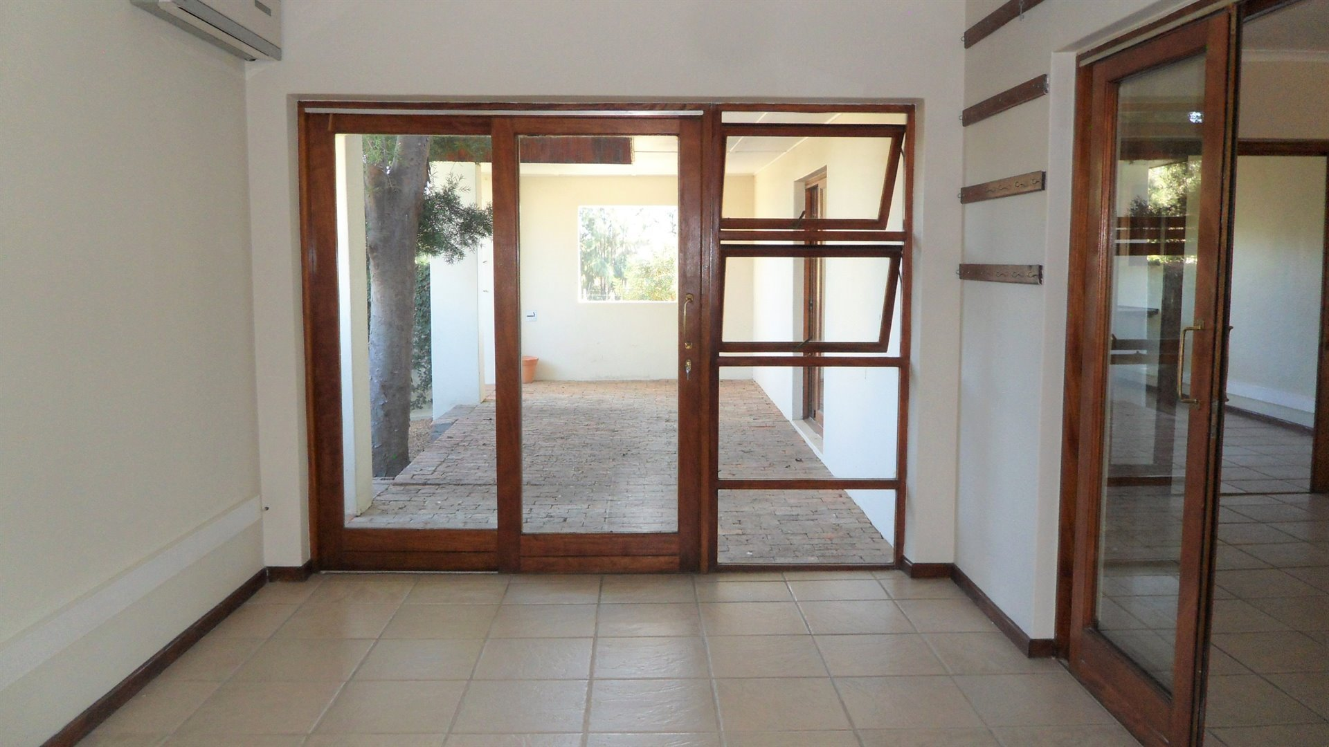 Paarl property to rent. Ref No: 13475929. Picture no 10