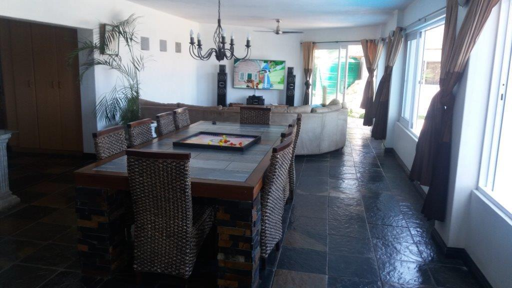 Amanzimtoti property for sale. Ref No: 13459510. Picture no 8