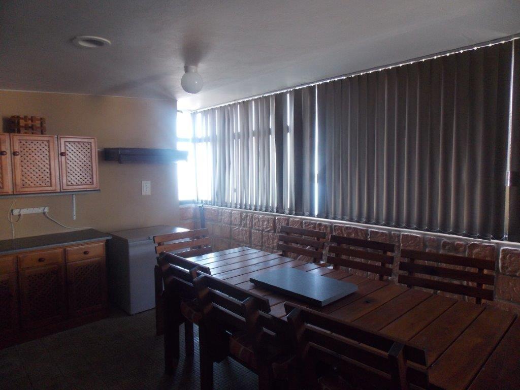 Amanzimtoti property for sale. Ref No: 13355728. Picture no 36