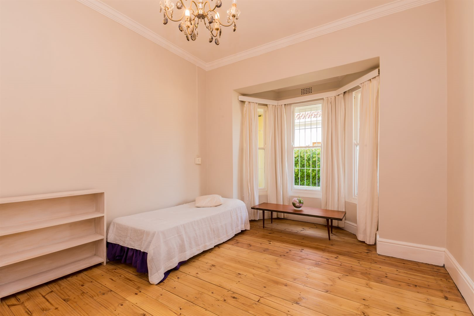 Plumstead property for sale. Ref No: 13554631. Picture no 19