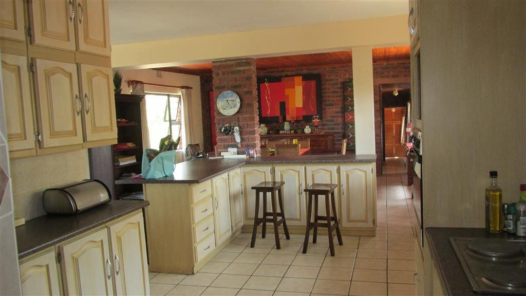 Ramsgate property for sale. Ref No: 12763544. Picture no 6
