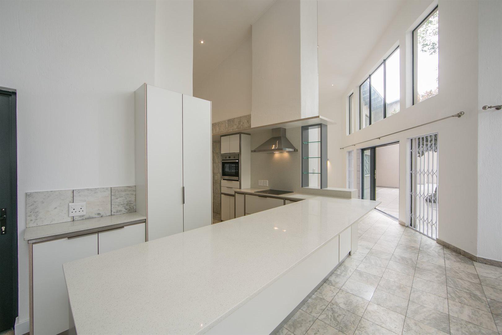 Fourways property to rent. Ref No: 13541041. Picture no 7